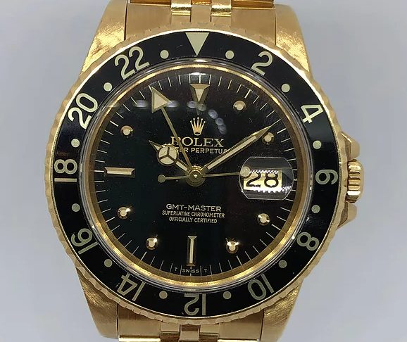 A Rolex-Submariner-Gold-Ref-16758