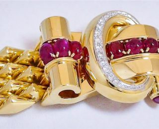 Retro Gold Jewelry
