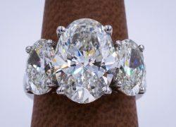 Sell an Oval Diamond
