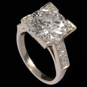 Sell a Diamond Ring in Los Angeles