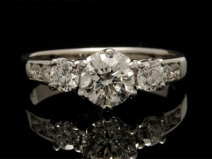 Buying an Engagement Ring in Los Angeles